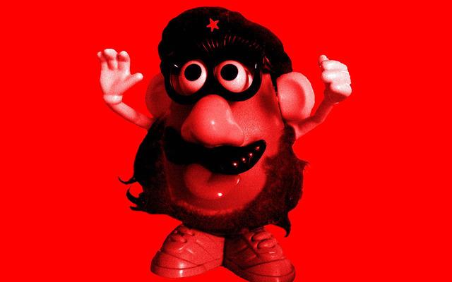 Mister Potato convertido en el Ché Guevara